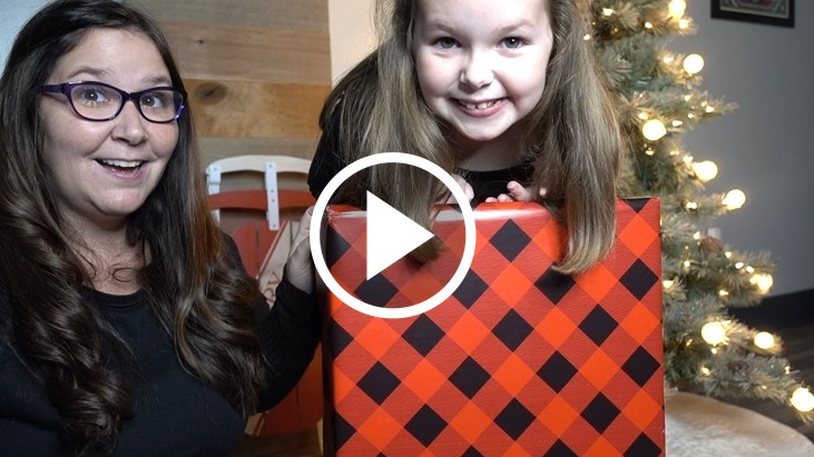 christmas-gifts-for-kids-youtube-thumbnail