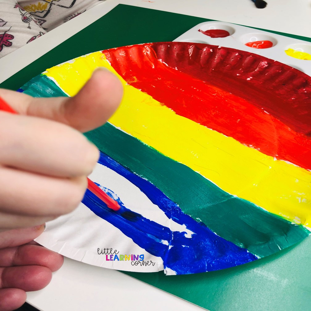 st-patricks-day-carfts-for-kids-plate-paint