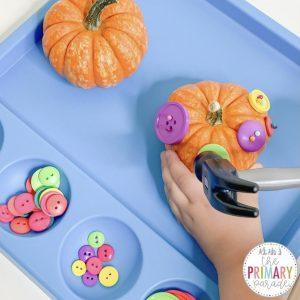 button pumpkin craft